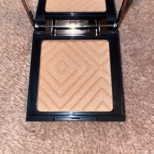 Makeup Geek highlighter